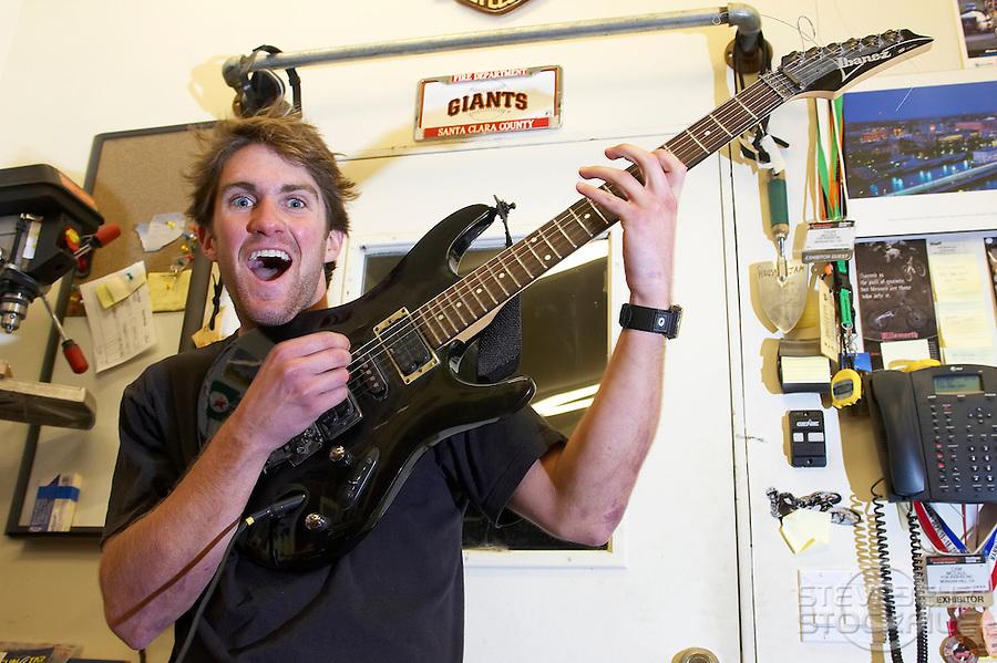 Cam McCaul ..Aptos , California  USA..January 2007..pic copyright Steve Behr / Stockfile