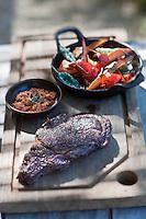 Europe/France/Provence-Alpes-Côte d'Azur/13/Bouches-du-Rhône/Env d'Arles/Le Sambuc: Côte de taureau au sautoir légumes  bio confits à la sauge, recette d' Armand Arnal  du Restaurant Bio: La Chassagnette