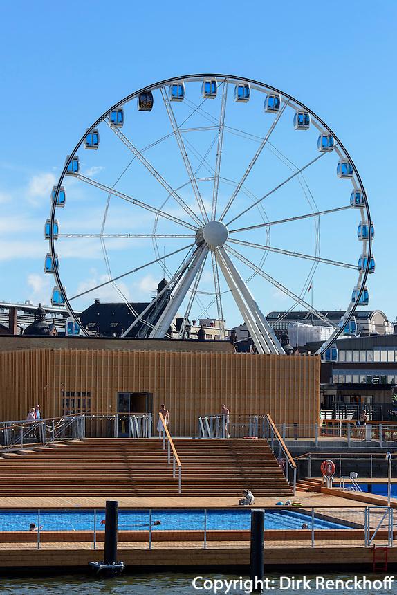 Finnair Skywheel und Badeanstalt Allas Seapool im Südhafen, Helsinki, Finnland