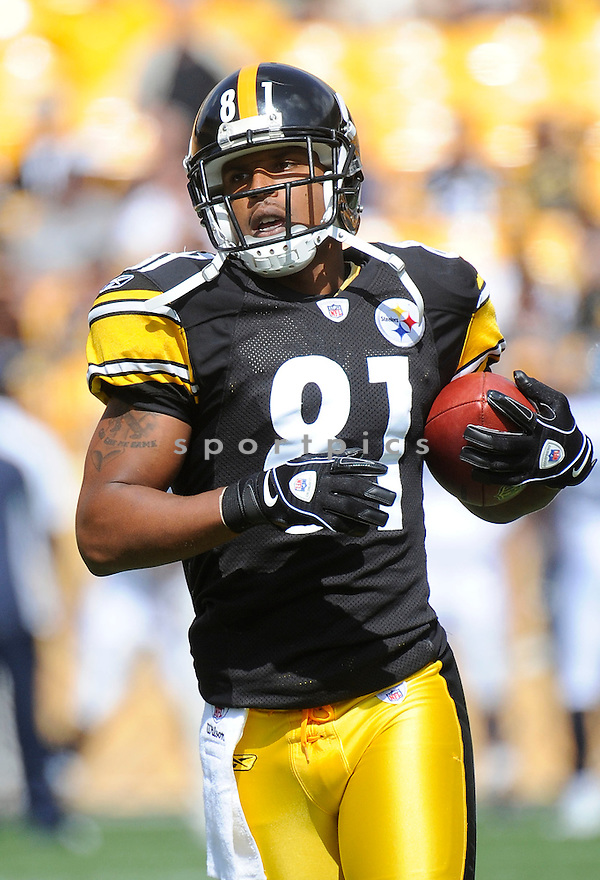 ARNAZ BATTLE, of the Pittsburgh Steelers, in action during the Steelers game against the Seattle Seahawks on September 18, 2011 at Heinz Field in Pittsburgh, PA. The Steelers beat the Seahawks 24-0.