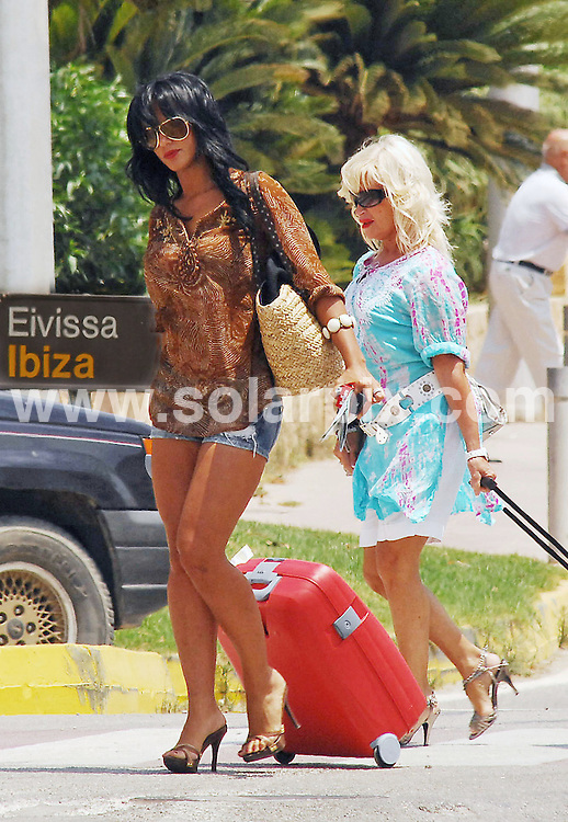 **ALL ROUND EXCLUSIVE PICTURES FROM SOLARPIX.COM**.**WORLDWIDE SYNDICATION RIGHTS EXCLUDING SPAIN - NO PUBLICATION IN SPAIN OR PORTUGAL** ..Nereida Gallardo Spanish girlfriend of football Ace Christiano Ronaldo jets off to Ibiza with a friend after rumours have been reported in a Portuguese newspaper that the couple have now split...JOB REF:   6810 MAD/ROJ/CD       DATE: 13.07.08.**MUST CREDIT SOLARPIX.COM OR DOUBLE FEE WILL BE CHARGED* *UNDER NO CIRCUMSTANCES IS THIS IMAGE TO BE REPRODUCED FOR ANY ONLINE EDITION WITHOUT PRIOR PERMISSION*