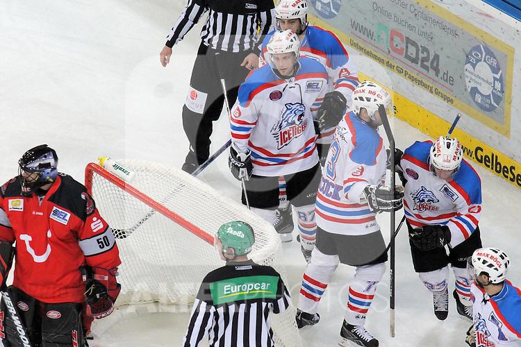 03.04.2010, TUI Arena, GER, DEL,  Hannover Scorpions  vs TS ICE Tigers Nuernberg, Play Off, im Bild Tor Nuernberg - Jubel  Foto © nph / Hammes