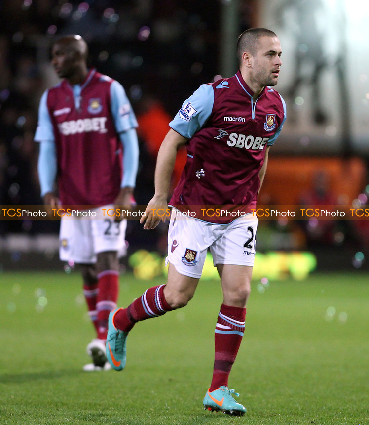 Joe Cole of West Ham - West Ham United vs Manchester United, FA Cup 3rd round at Upton Park, West Ham - 05/01/13 - MANDATORY CREDIT: Rob Newell/TGSPHOTO - Self billing applies where appropriate - 0845 094 6026 - contact@tgsphoto.co.uk - NO UNPAID USE.