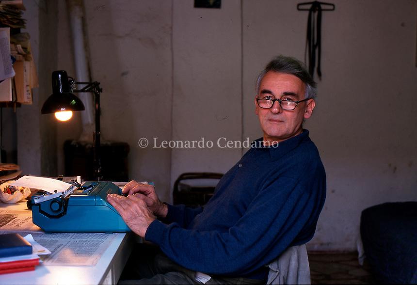 VALENTINO ZEICHEN  © Leonardo Cendamo