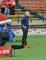 MEDELLIN-COLOMBIA, 10-03-2019: Octavio Zambrano, técnico de Deportivo Independiente Medellín, durante partido de la fecha 9 entre Deportivo Independiente Medellín y el Independiente Santa Fe, por la Liga Águila I 2019, en el estadio Atanasio Girardot de la ciudad de Medellín. / Octavio Zambrano, coach of Deportivo Independiente Medellin, during a match for the 9th date between Deportivo Independiente Medellin and Independiente Santa Fe, for the Aguila Leguaje I 2019 at the Atanasio Girardot stadium in Medellin city. Photos: VizzorImage  / León Monsalve / Cont.