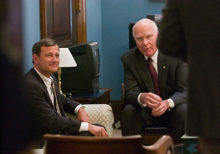 07/20/05.U.S. SUPREME COURT NOMINATION/ROBERTS VISITS HILL--President Bush's Supreme Court nominee, Judge John G. Roberts Jr., of the U.S. Court of Appeals of Washington, during a photo opp with Senate Judiciary ranking Democrat Patrick J. Leahy, D-Vt..CONGRESSIONAL QUARTERLY PHOTO BY SCOTT J. FERRELL