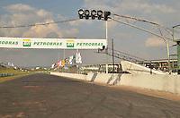 BRASÍLIA, DF, 27.09.2013 – COPA PETROBRAS DE MARCAS – Tudo pronto para a Copa Petrobrás de Marcas, etapa Brasília, que será realizada no domingo 29 de setembro no Autodrômo Nelson Piquet. (Foto: Ricardo Botelho / Brazil Photo Press).