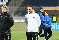 Trainer Dirk Schuster (SV Darmstadt 98) - 21.02.2018: SV Darmstadt 98 vs. 1. FC Kaiserslautern, Stadion am Boellenfalltor, 2. Bundesliga