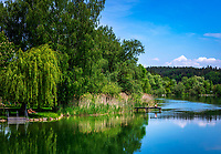 Deutschland, Bayern, Oberbayern, Chiemgau, Seeon-Seebruck, Ortsteil Truchtlaching: Pfarrdorf am der Alz   Germany, Bavaria, Upper Bavaria, Chiemgau, Seeon-Seebruck, district Truchtlaching: at river Alz