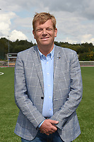 FOTOSESSIE SCT MENEN :<br /> voorzitter Benoit Deny<br /> <br /> Foto VDB / Bart Vandenbroucke