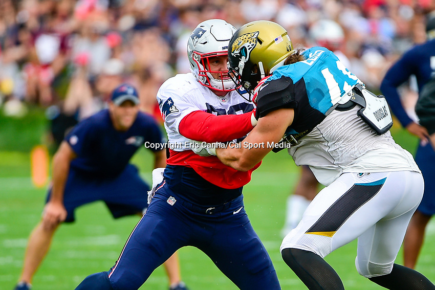 August 7, 2017: New England Patriots linebacker Shea McClellin (58) and Jacksonville Jaguars tight end Alex Ellis (48) battle during a drill at a joint practice at New England Patriots training camp where they hosted the Jacksonville Jaguars on the practice fields at Gillette Stadium, in Foxborough, Massachusetts. Eric Canha/CSM