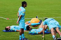 RIO DE JANEIRO-12/07/2012-Neymar (em pe) no segundo dia de treino da Selecao Brasileira de Futebol na Escola de Educacao Fisica do Exercito, na Urca, Zona Sul do Rio.Foto:Marcelo Fonseca-Brazil Photo Press