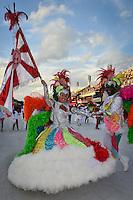 RIO DE JANEIRO, RJ, 17 DE FEVEREIRO DE 2012 - Desfiles das Escolas de Samba Mirins, que abriram oficialmente o carnaval na Sapucaí: Inocentes da Caprichosos. FOTO GLAICON EMRICH - AGÊNCIA BRAZIL PHOTO PRESS