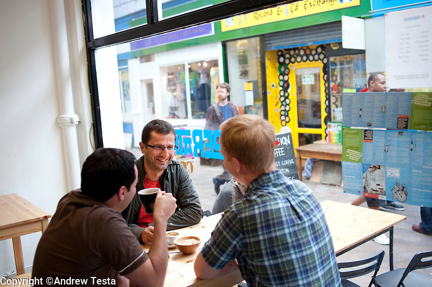 UK. London. 17th July 2010.Federation Coffee..©Andrew Testa for the New York Times