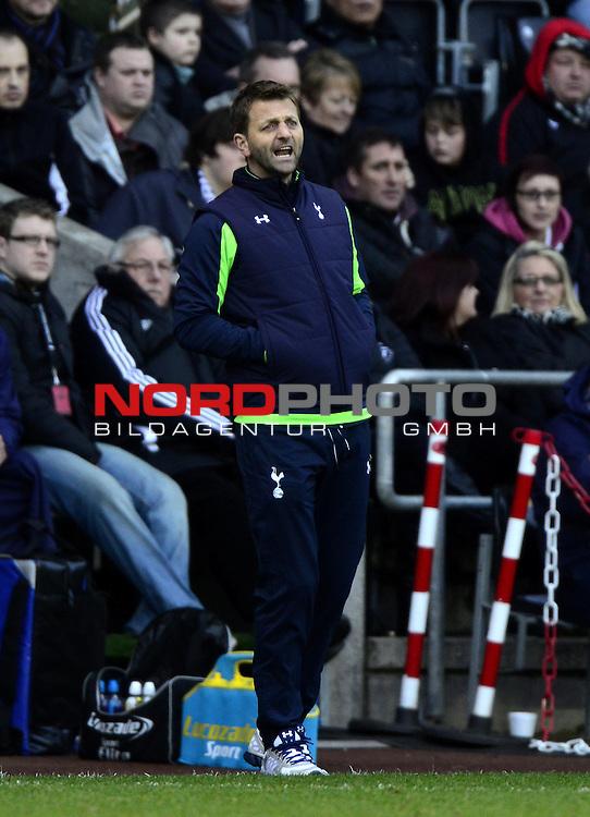 Tottenham Hotspur Manager, Tim Sherwood -   19/01/2014 - SPORT - FOOTBALL - Liberty Stadium - Swansea - Swansea City v Tottenham Hotspur - Barclays Premier League<br /> Foto nph / Meredith<br /> <br /> ***** OUT OF UK *****