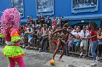 SAO PAULO, SP, 16.03.2014 - FUTEBOL DAS DRAGS - Casa noturna da Barra Funda comemora 18 anos e promove jogo de futebol com drag queens, na zona oeste de São Paulo, na tarde deste domingo (16). (Foto: Vanessa Carvalho / Brazil Photo Press).