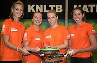 29-1-10, Almere, Tennis, Training Fedcup team, v.l.n.r. Arantxa Rus, Nicole Thyssen, Richel Hogenkamp en Chayenne Ewijk