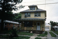 1993 June 01..Conservation.Ballentine Place...BEFORE REHAB.EXTERIOR FRONT.2327 HARRELL...NEG#.NRHA#..