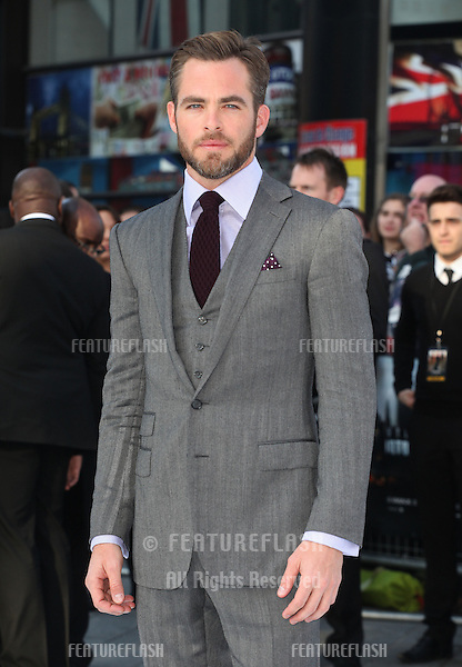 Chris Pine arriving for the UK premiere of 'Star Trek Into Darkness' at The Empire Cinema, London. 02/05/2013 Picture by: Alexandra Glen / Featureflash