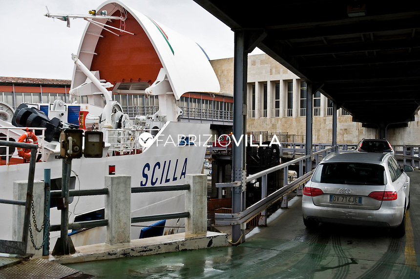Traghetti Villa San Giovanni Messina Ferrovie Dello Stato