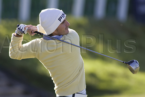 4th Oct 2009: St Andrews Scotland: Alejandro Canizares (ESP) competing at The Old Course during the third round of the Alfred Dunhill Links Champions, part of the PGA European Tour, Race to Dubai Championship: (Photo by Mitchell Gunn/ActionPlus)