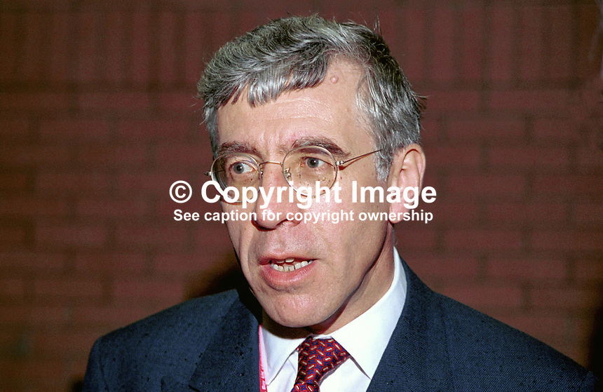 Jack Straw, MP, Minister, Labour Party, Britain, UK, 99909130, Annual Conference, Bournemouth, England, September, 1999.<br />