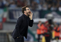 Calcio, Serie A: S.S. Lazio - A.S. Roma, stadio Olimpico, Roma, 15 aprile 2018. <br /> Roma's coach Eusebio Di Francesco speaks to his players during the Italian Serie A football match between S.S. Lazio and A.S. Roma at Rome's Olympic stadium, Rome on April 15, 2018.<br /> UPDATE IMAGES PRESS/Isabella Bonotto