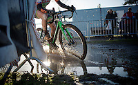 some splashing by Elle Anderson (USA/Kalas-NNOF)<br /> <br /> CX Leuven Soudal Classic 2015