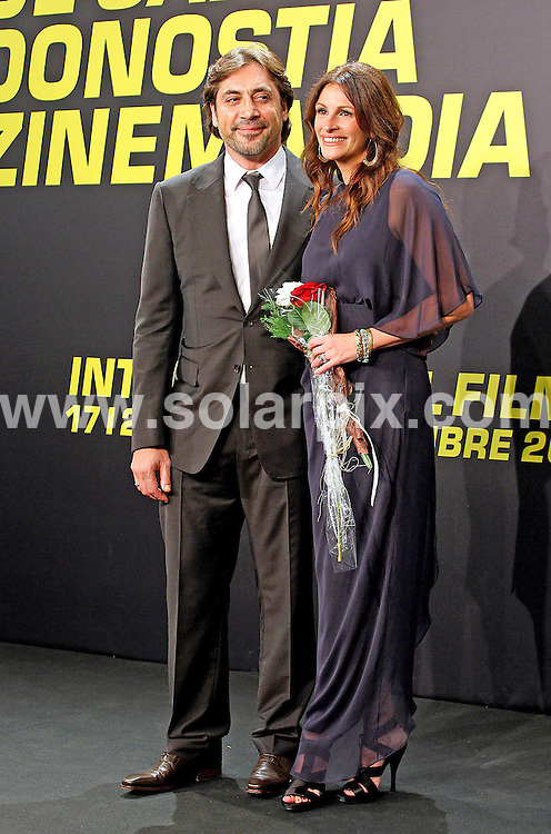 **ALL ROUND PICTURES FROM SOLARPIX.COM**                                             **SYNDICATION RIGHTS FOR UK, AUSTRALIA & NEW ZEALAND ONLY**                                                                                  Caption: Julia Roberts and Javier Bardem at the 58th San Sebastian film festival in San Sebastian, Spain. 20 September 2010                                                                              This pic:  Julia Roberts and Javier Bardem                                                                                            JOB REF: 12153 SKX       DATE:  20_09_2010                                                          **MUST CREDIT SOLARPIX.COM OR DOUBLE FEE WILL BE CHARGED**                                                                      **MUST AGREE FEE BEFORE ONLINE USAGE**                               **CALL US ON: +34 952 811 768 or LOW RATE FROM UK 0844 617 7637**