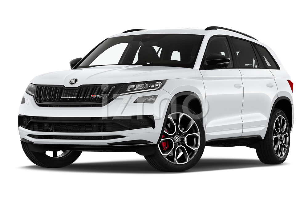 Stock pictures of low aggressive front three quarter view of 2019 Skoda Kodiaq RS 5 Door SUV Low Aggressive