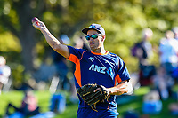 Ross Taylor of the Black Caps warms up before  Day 2 of the Second International Cricket Test match, New Zealand V England, Hagley Oval, Christchurch, New Zealand, 31th March 2018.Copyright photo: John Davidson / www.photosport.nz