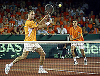 20030920, Zwolle, Davis Cup, NL-India, the dutch team Verkerk (l) and van Lottum win the third match and  defeat India