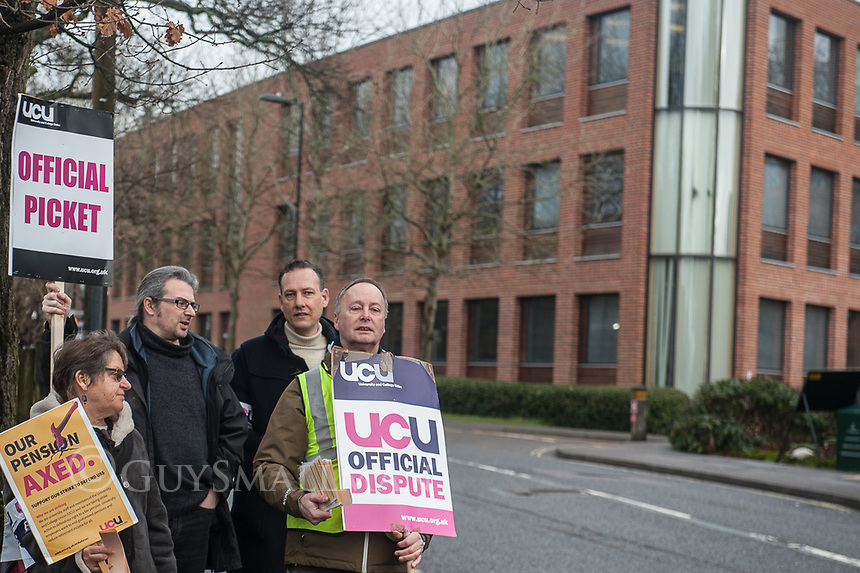 UCU strike picket line at Southampton University 6-3-18