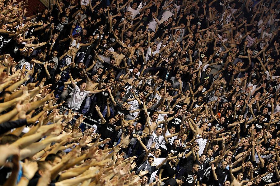 Kosarka Euroleague season 2013-2014<br /> Euroleague<br /> Partizan v Fenebahce Ulker<br /> Grobari navijaci fans supporters<br /> Beograd, 08.11.2013.<br /> foto: Srdjan Stevanovic/Starsportphoto &copy;