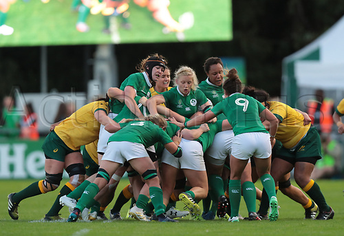 Aug 9th 2017, Dublin, Leinster, Ireland; Women's Rugby World Cup 2017 Group C, Ireland versus Australia;  Ireland control the maul and drive forward