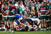 Sam Nixon of Bath Rugby reacts as team-mate Jacques van Rooyen scores the match-winning try. Gallagher Premiership match, between Leicester Tigers and Bath Rugby on May 18, 2019 at Welford Road in Leicester, England. Photo by: Patrick Khachfe / Onside Images