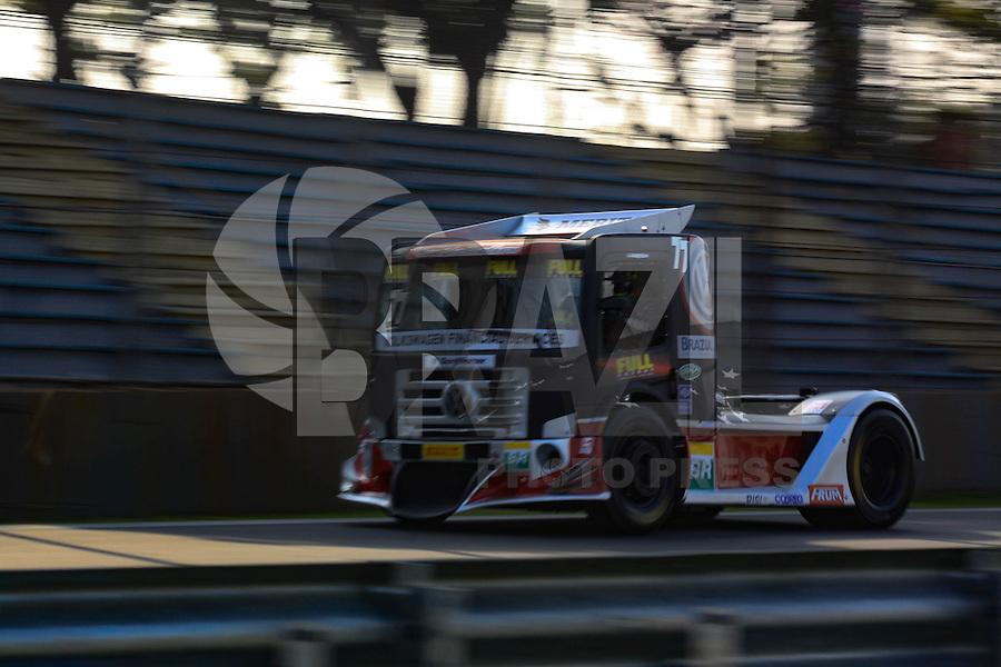 SÃO PAULO, SP, 30.07.2016 - FÓRMULA TRUCK - SEXTA ETAPA SÃO PAULO - ANDRÉ MARQUES- MAN LATIN, Imagem da classificação na tarde deste sábado a sexta etapa da Fórmula Truck, realizada no Autódromo de Interlagos, em São Paulo. O Treino classificatório ocorre na tarde de hoje e a corrida sera realizada no domingo.(Foto: Adar Rodrigues/Brazil Photo Press)