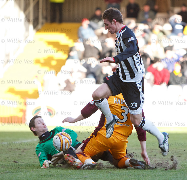 Motherwell keeper Graeme Smith and defender Stevie Hammell collide and Andy Dorman nips in to score for St Mirren