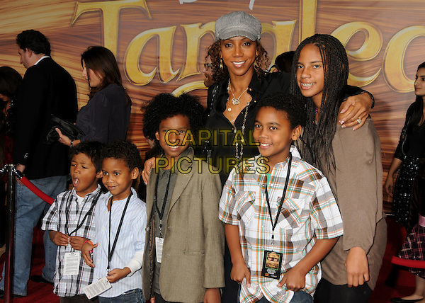 "HOLLY ROBINSON PEETE & FAMILY.""Tangled"" Los Angeles Premiere held at the El Capitan Theatre, Hollywood, California, USA..November 14th, 2010.half length white black grey gray hat shirt top kid children .CAP/ADM/BP.©Byron Purvis/AdMedia/Capital Pictures."