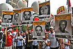Retratos de assassinados pela ditadura. Manifestaçao em defesa da democracia e contra o golpe. Avenida Paulista. Sao Paulo. 2016. Foto de Marcia Minillo