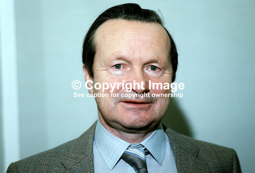 Reginald McEwen, headmaster, Dunluce School, Bushmills, Co Antrim, N Ireland, 19840004RME..Copyright Image from Victor Patterson, 54 Dorchester Park, Belfast, UK, BT9 6RJ..Tel: +44 28 9066 1296.Mob: +44 7802 353836.Voicemail +44 20 8816 7153.Skype: victorpattersonbelfast.Email: victorpatterson@me.com.Email: victorpatterson@ireland.com (back-up)..IMPORTANT: If you wish to use this image or any other of my images please go to www.victorpatterson.com and click on the Terms & Conditions. Then contact me by email or phone with the reference number(s) of the image(s) concerned.