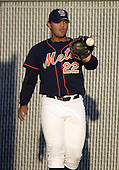 September 2, 2004:  Pitcher Yusmeiro Petit of the Binghamton Mets, Eastern League (AA) affiliate of the New York Mets, during a game at NYSEG Stadium in Binghamton, NY.  Photo by:  Mike Janes/Four Seam Images