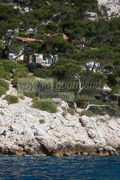 Europe/France/Provence-Alpes-Côte d'Azur/13/Bouches-du-Rhône/Marseille:  Cabanon à la Calanque de Morgiou