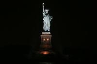 NOVA YORK, EUA, 29.05.2018 - ESTATUA-LIBERTADE - Vista da Estatua da Libertade na cidade de Nova York nos Estados Unidos na noite desta terça-feira, 29. (Foto: William Volcov/Brazil Photo Press)