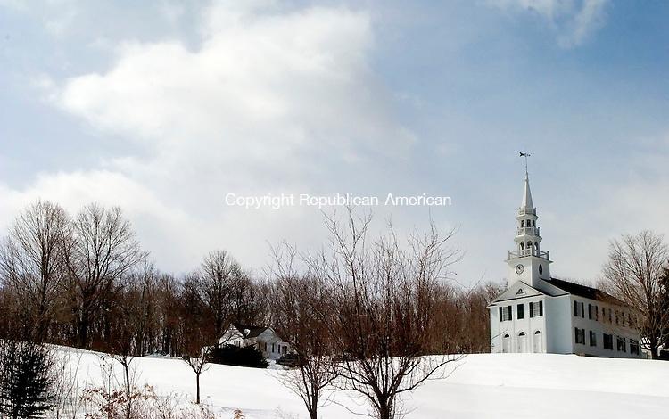 WARREN, CT--18 MARCH 2007--031807JS07-The Warren Congregational Church. <br /> Jim Shannon / Republican-American