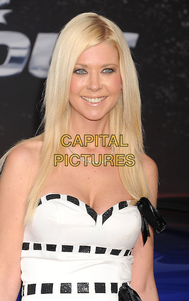 "Tara Reid.arriving at the Los Angeles Premiere of ""Fast & The Furious 6"" at Gibson Amphitheatre in Universal City, California, USA, .May 21st, 2013. .portrait headshot smiling  black white  bow strapless .CAP/ROT/TM.©Tony Michaels/Roth Stock/Capital Pictures"