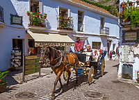 Spanien, Andalusien, Provinz Málaga, Costa del Sol, Mijas: weisses Dorf, Pferdekutsche | Spain, Andalusia, Province Málaga, Costa del Sol, Mijas: pueblo blanco, horse drawn carriage
