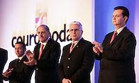 SAO PAULO, SP, 16 DE JANEIRO DE 2012 - COUROMODAS - O governador de Sao Paulo Geraldo Alckmin (2 a E), O prefeito de Sao Paulo Gilberto Kassab (D) e o presidente da Couromoda Francisco Santos (C), durante abertura da Feira Couromoda , no pavilhao de Exposicao do Anhembi zona norte da cidade, nesta manha de segunda-feira (16). FOTO: RICARDO LOU - NEWS FREE.