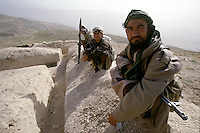 Mujahedin waiting to the next clash, at the East frontline of Taloqan, between the Daoud Khan (disciple of warlord Ahmed Shah Massoud) and the Taleban.