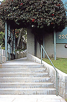 Koning Eizenberg: Entrance 2207 6th St., Santa Monica.  Photo '04.